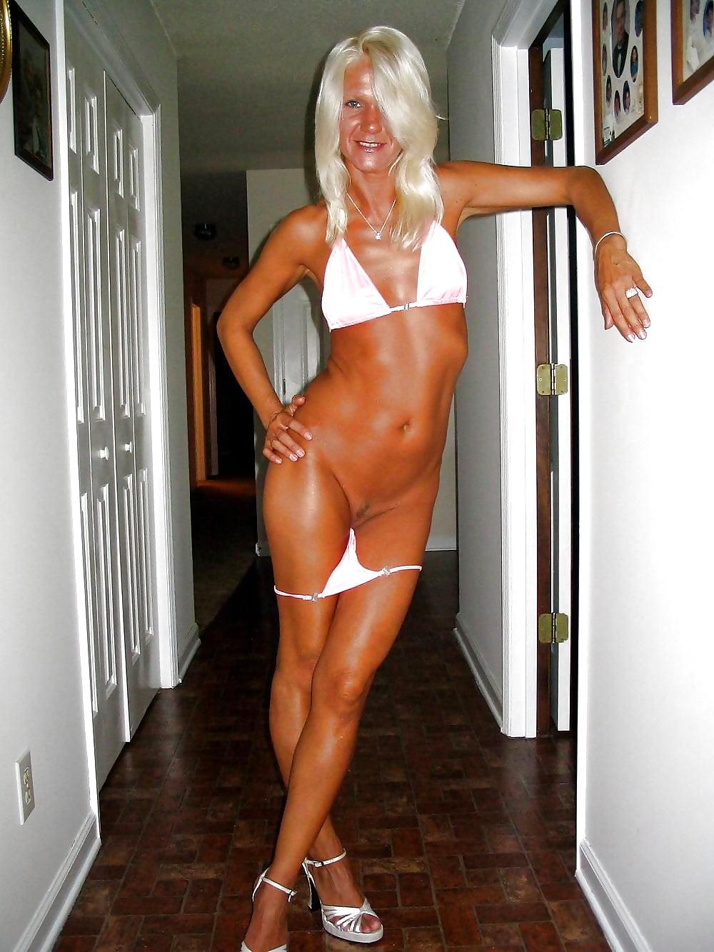Granny, Mature, Nana So Hot In Bikini 5 - 23 Pics  Xhamster-5190