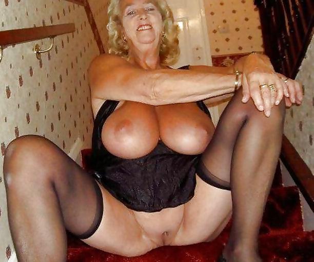 Oma große titten