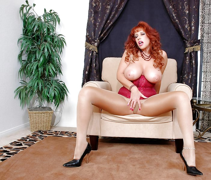Redhead Pics On Hot