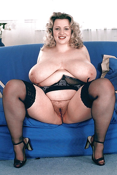 pics nude Busty chubby