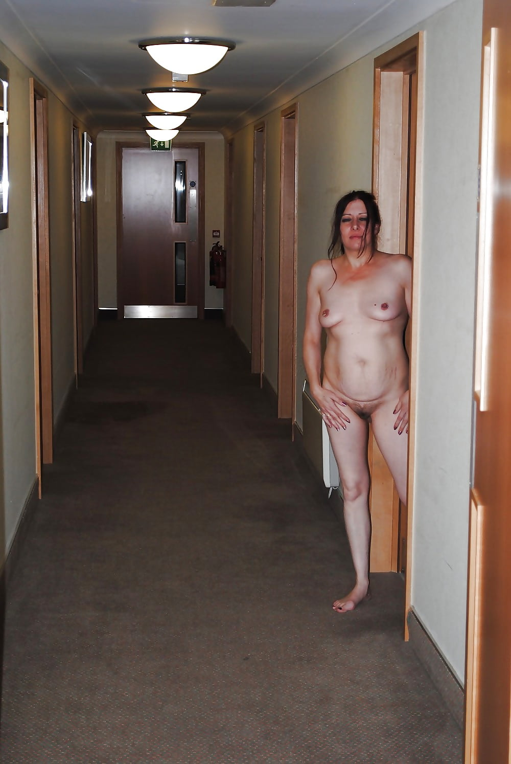hotel-nude-video-american-girls-nudes