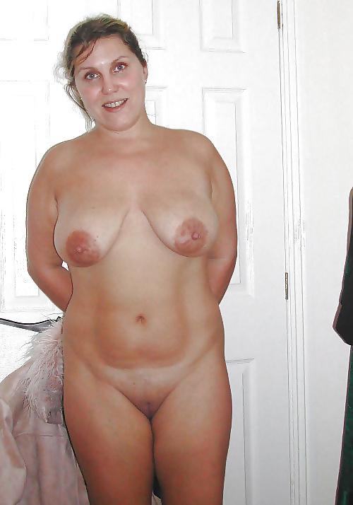 Ideal Normal Everyday Nude Women Photos