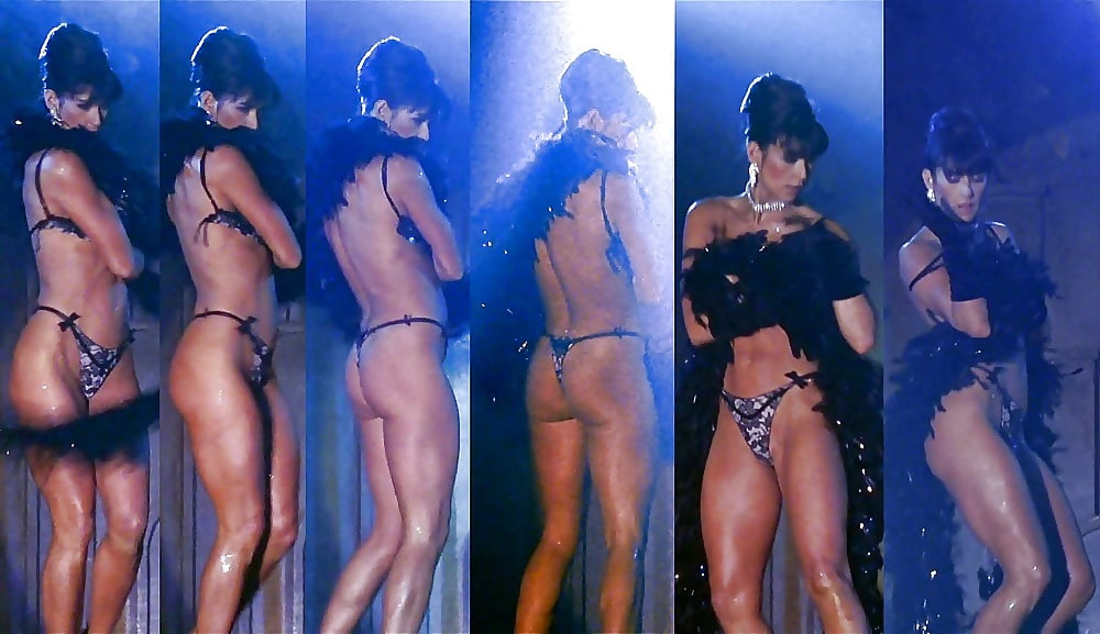 Watch Demi Moore Striptease Pictures