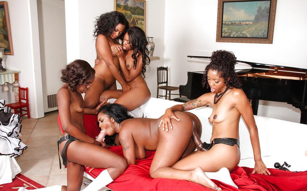 free-black-lesbian-movies-hot-girls-fingering-them-selves-vids