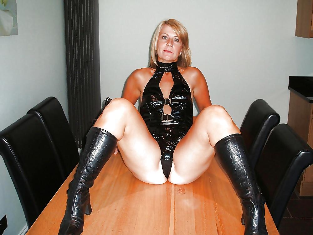 Mature leather porn