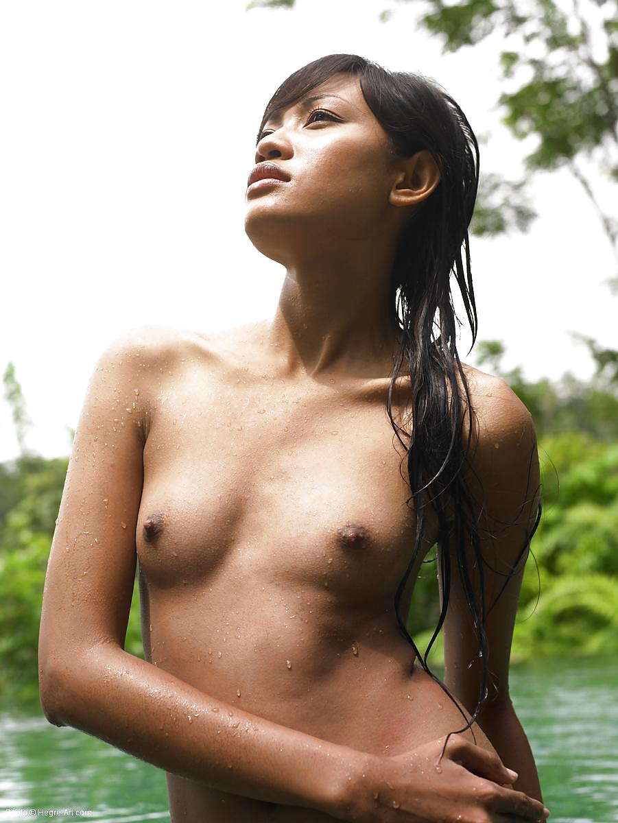 indonesian-bali-naked-girls-fuck-pictures-topless-tit