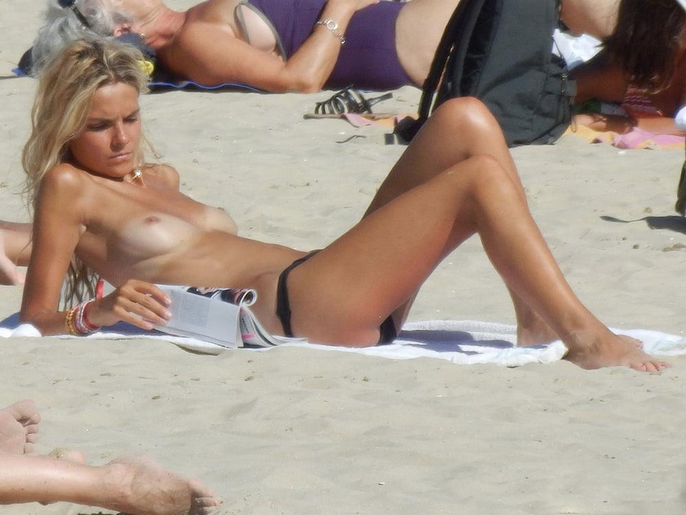 french-women-sunbathing-topless-videos