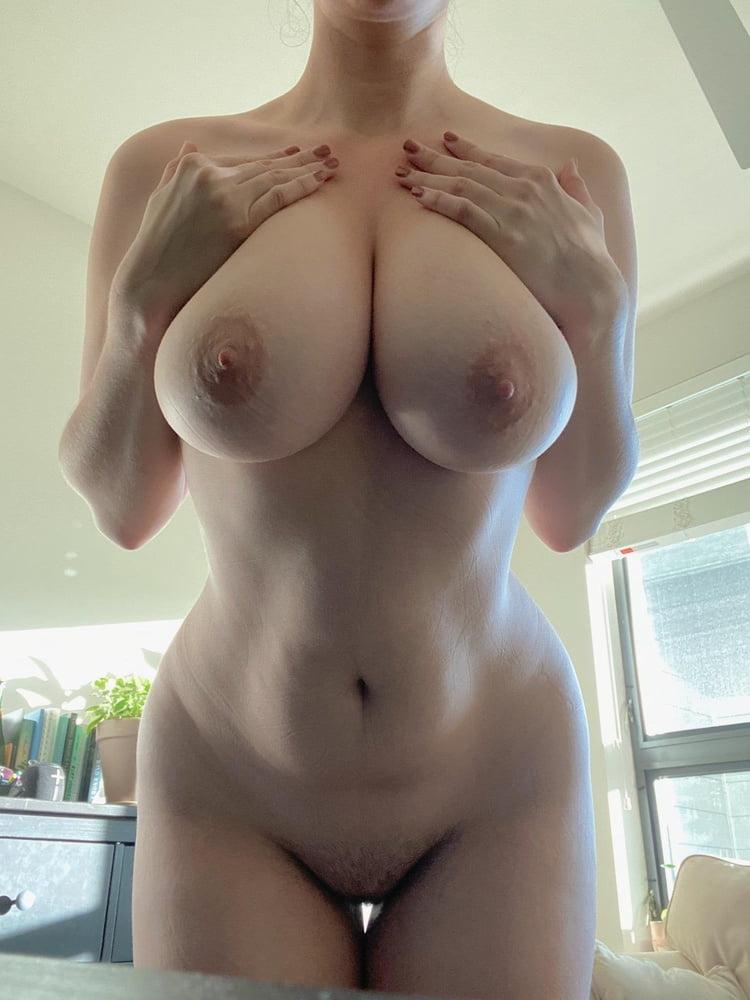 Reddit Girl Revue- 123 Pics