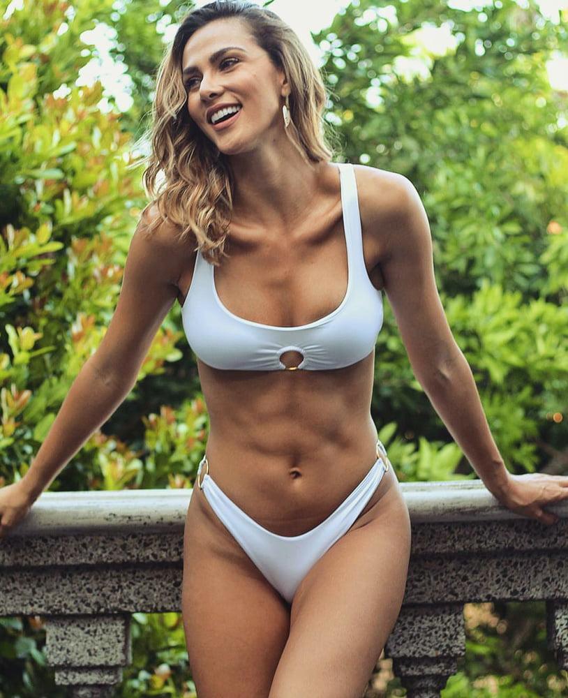 Nackt Karina Ramos  Costa Rican