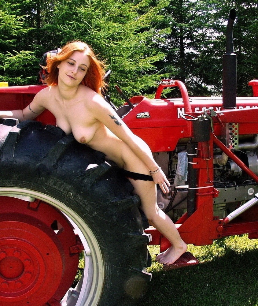 girls-naked-on-a-tractor-sex-wanted-girls