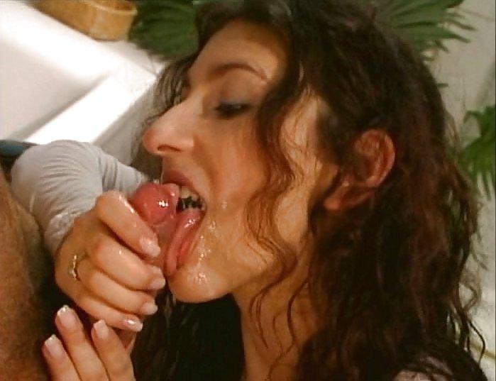 порнофильмы с сибель кекилли