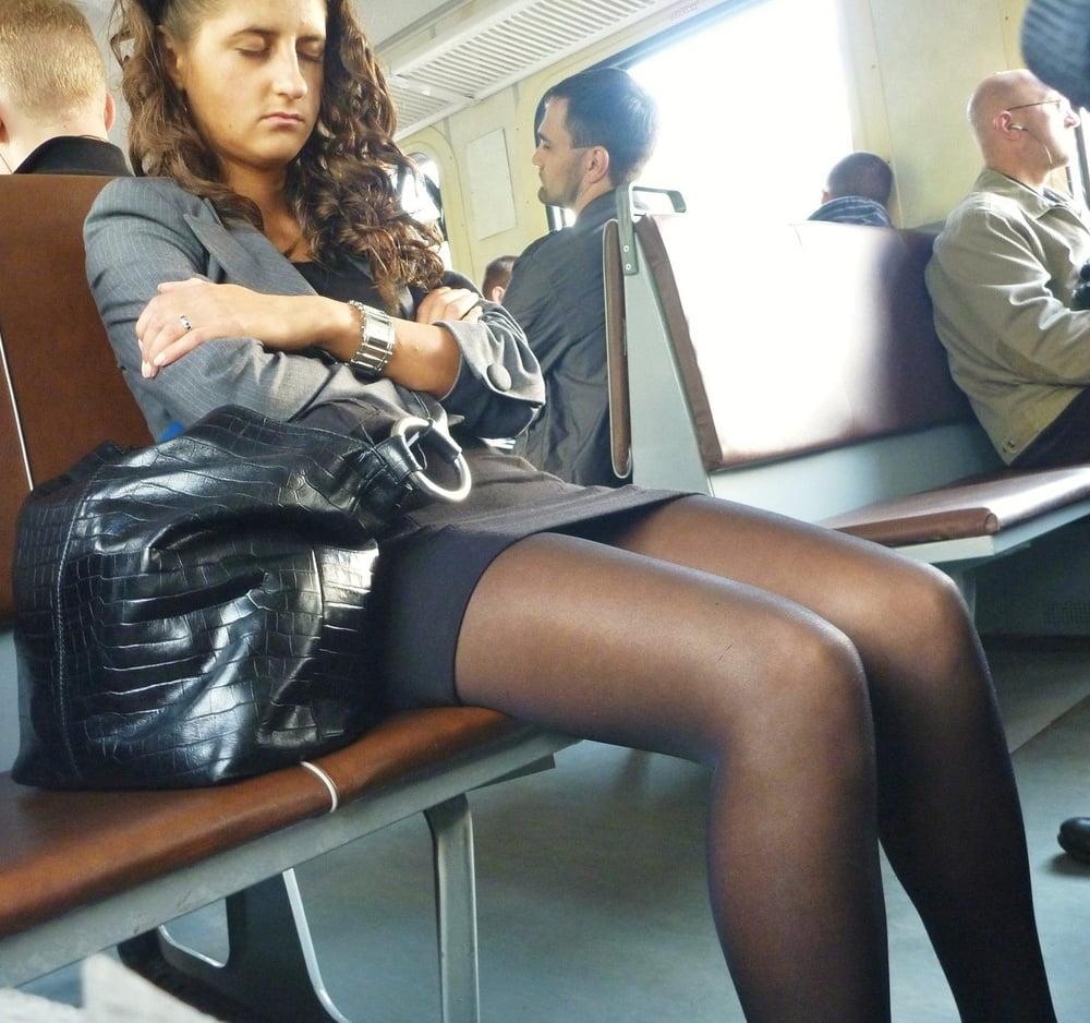 Pantimedias, stockings, spy voyeur teach