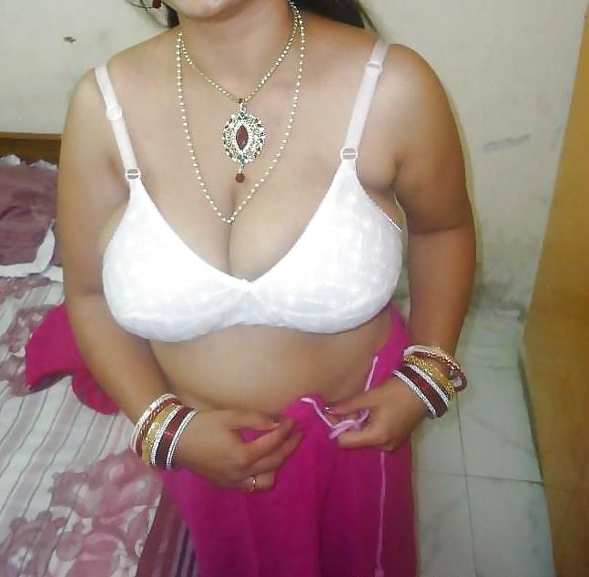 Big boobs desi aunty sex-4932