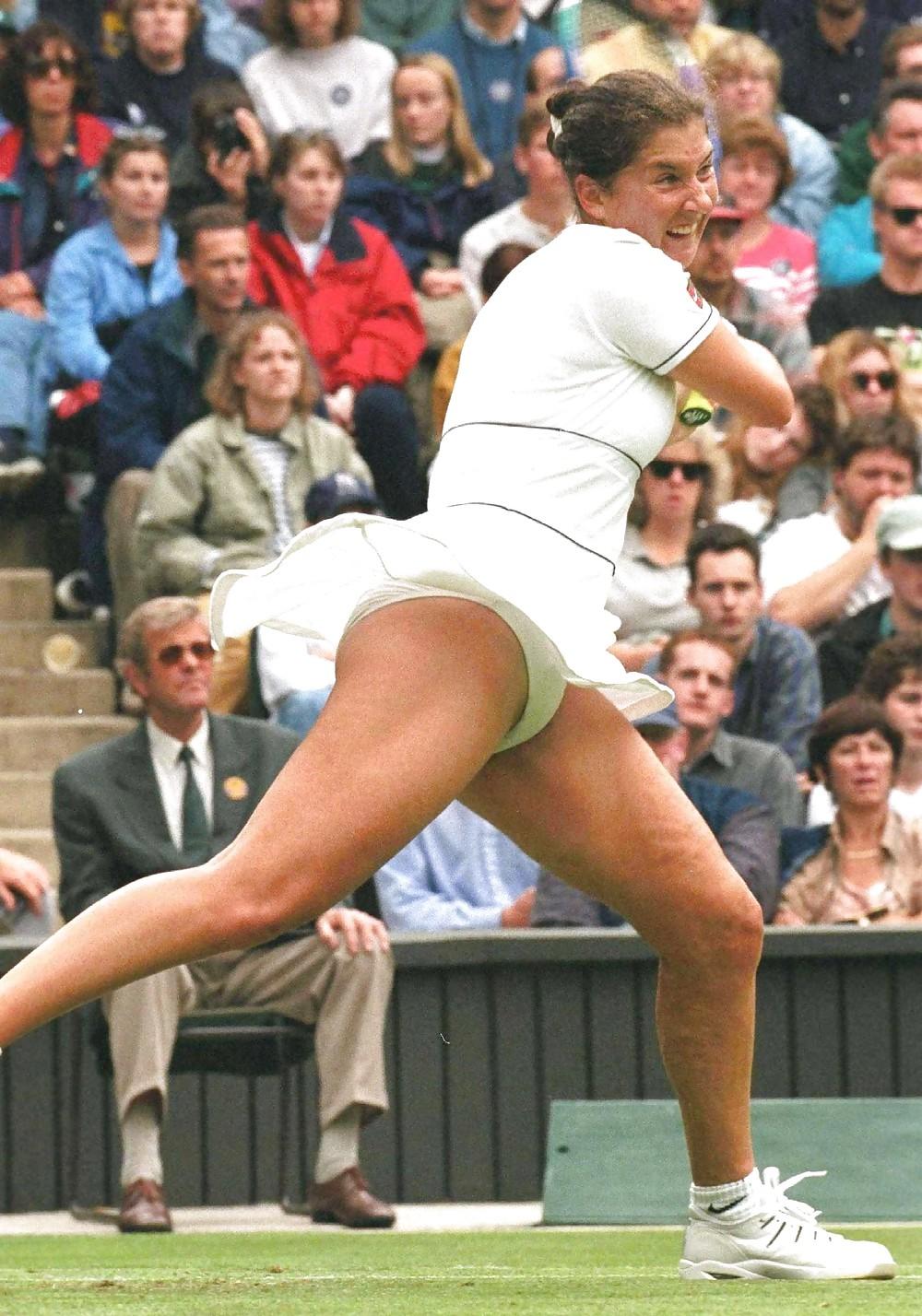 Tennis voyeur upskirt