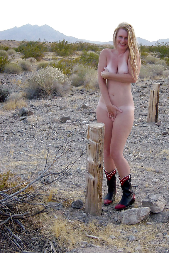 hot-embarrassed-naked-female-deflower-blon-young-girl
