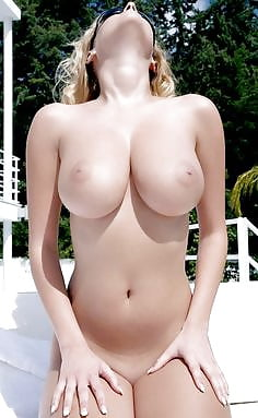 Sexy women big boobs nude