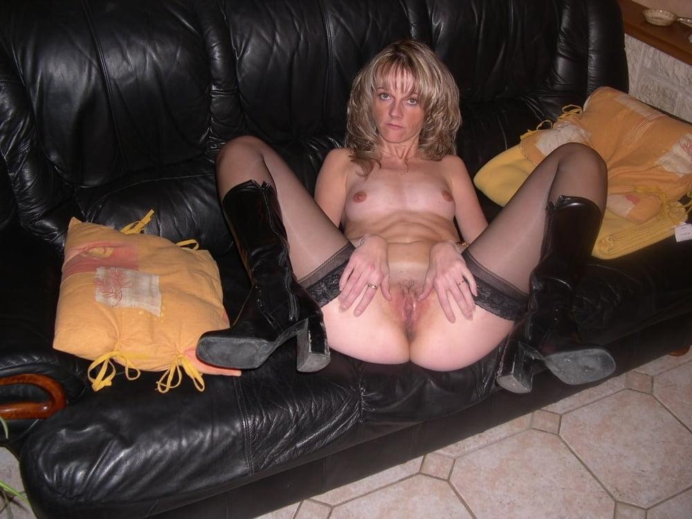 Mom show me your Nylons 185 - 15 Pics