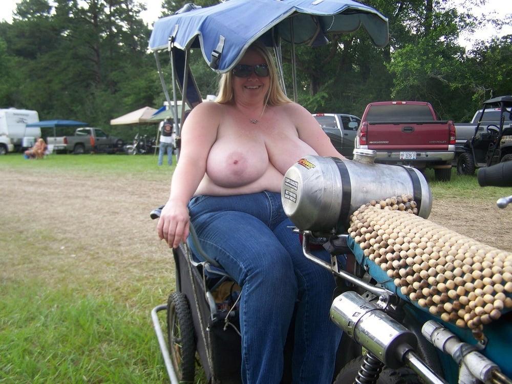 Amateur chubby biker rally bitches — photo 7