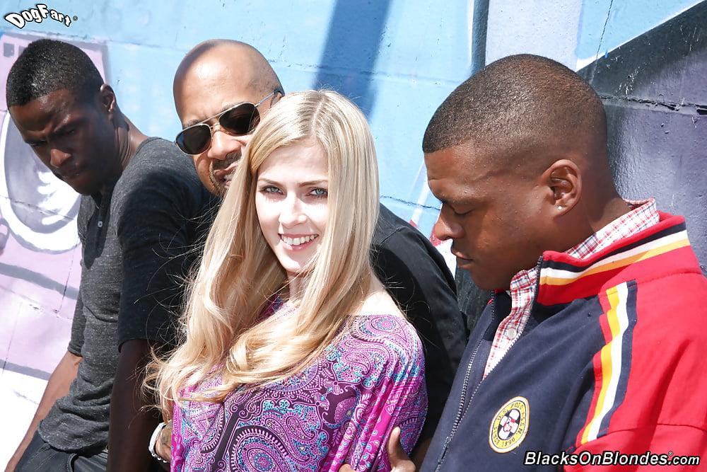 фото блондинок с неграми любят