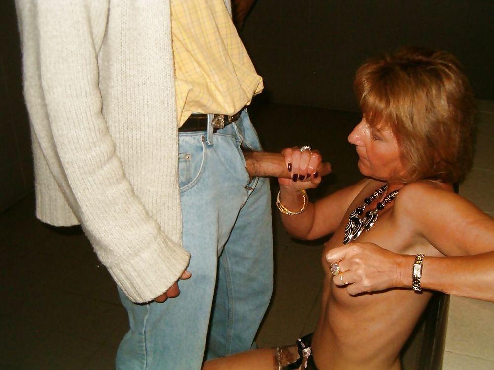 муж лапает жену онлайн - 5