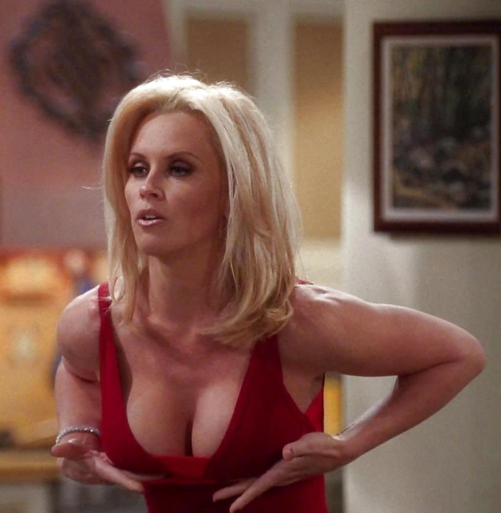 Where's waldo had boobs