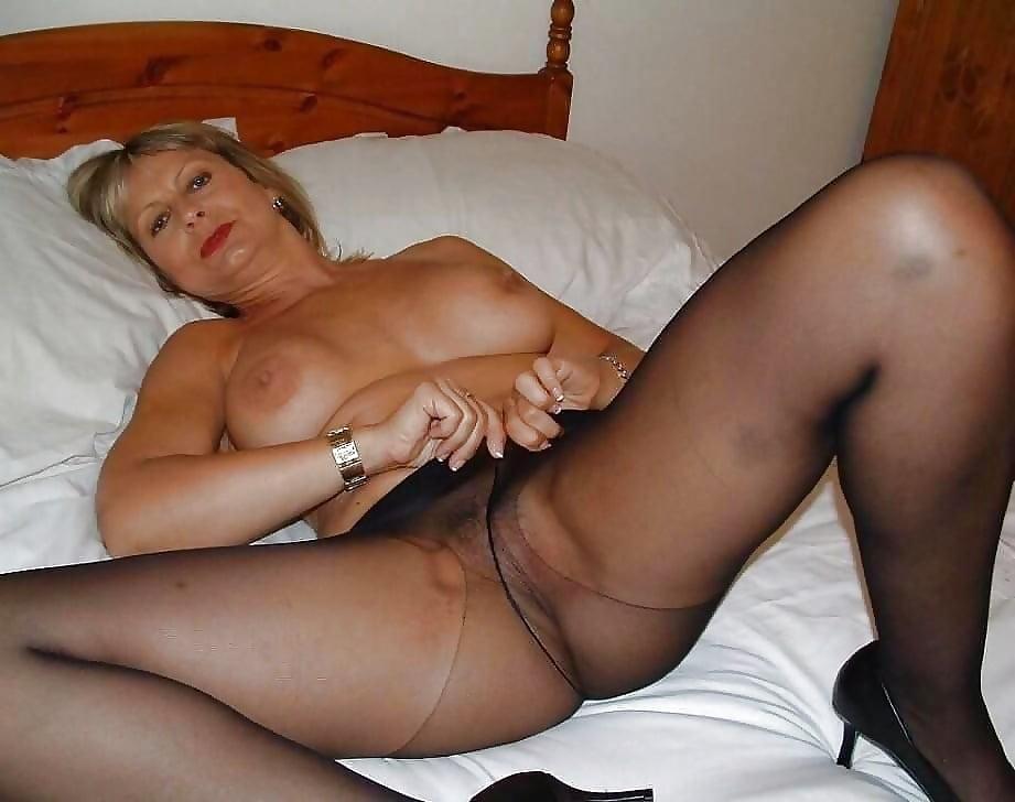 granny-pantyhose-video