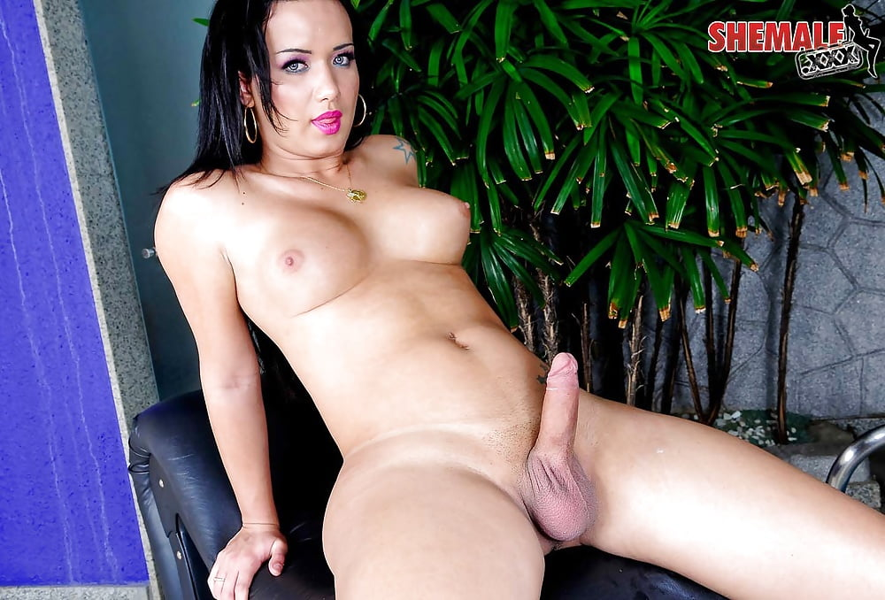 Rusty nails lets sofia marie ride his dick and cums on his shaft
