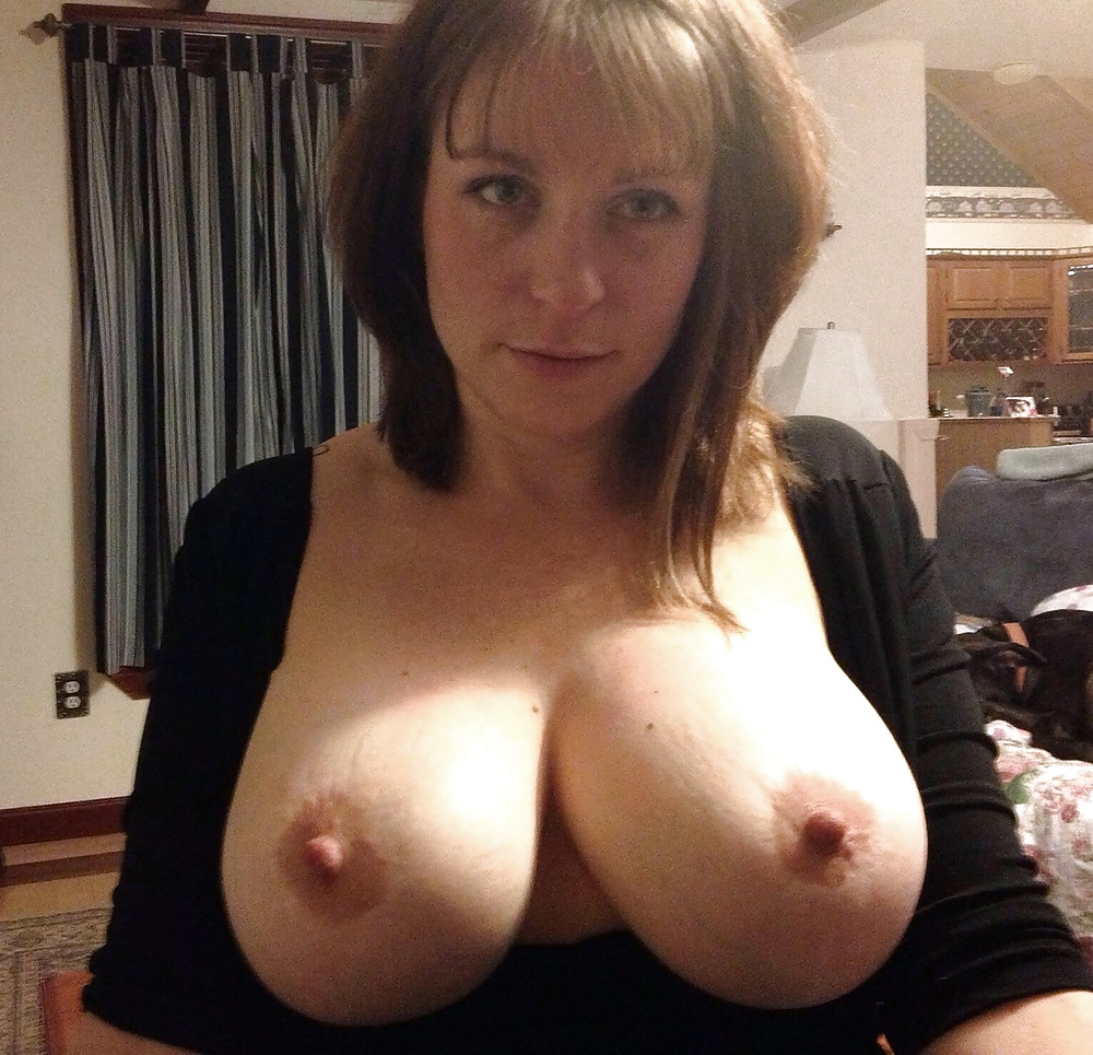 Amateur with big boobs dumpster — pic 14
