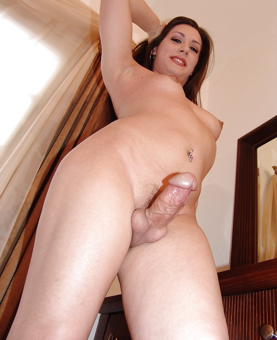 Young Tranny Amateur With A Fat Cock Cumming