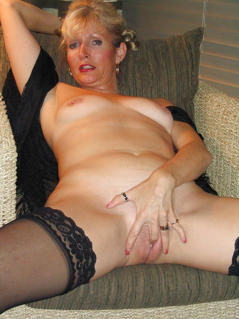 Own horny housewifes naked