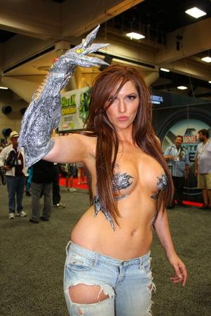 Sexy cosplay comic con
