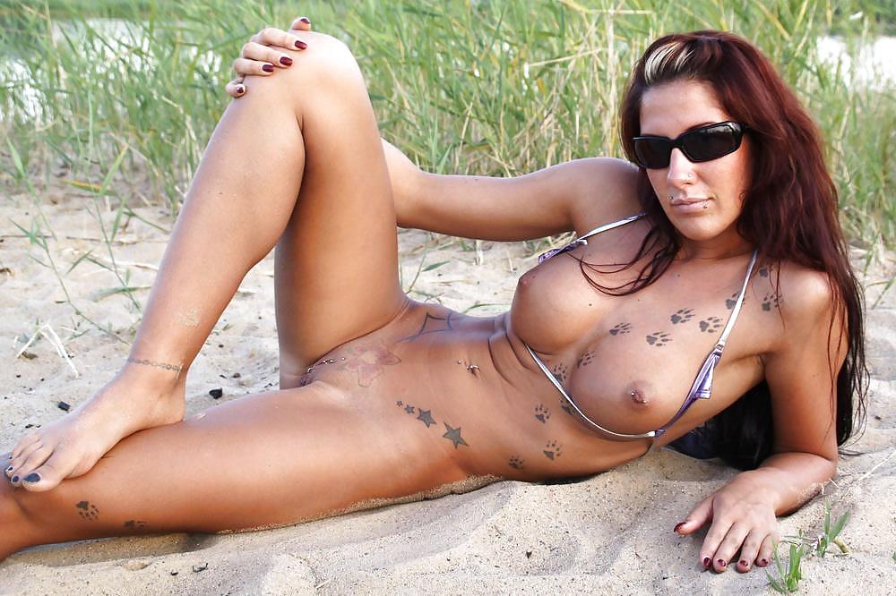 Nude Girls Beach Photos