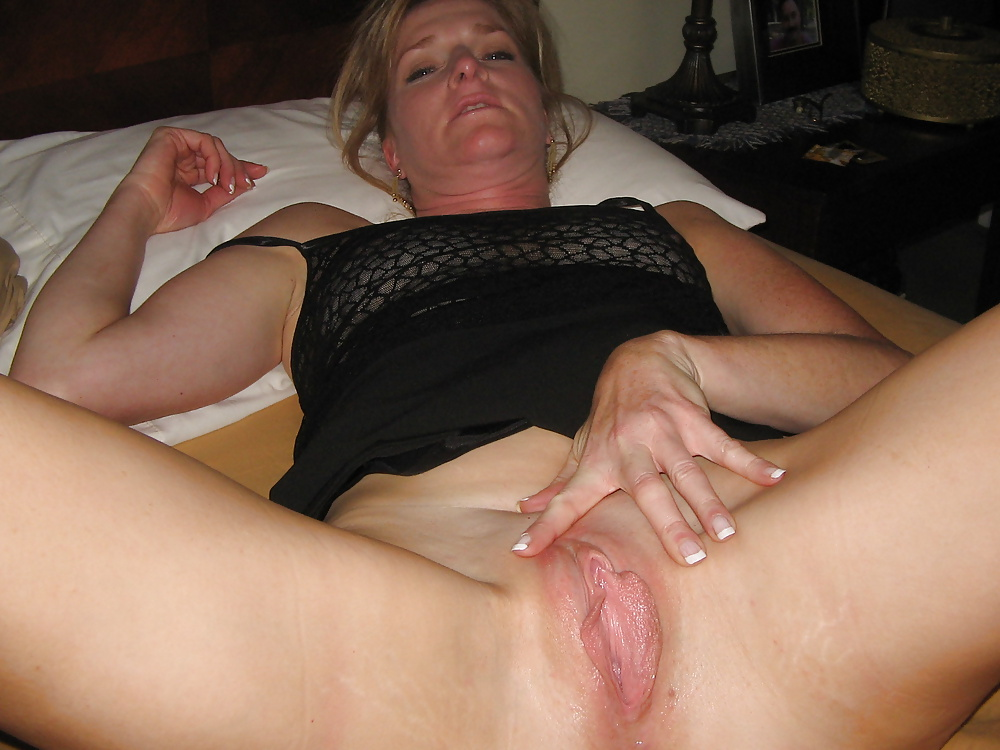 Photos sexy hot wife wet treo