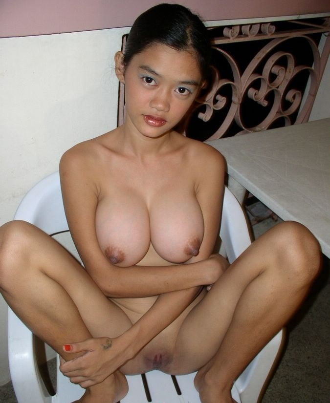 Filipina mom big boobs naked image — photo 2