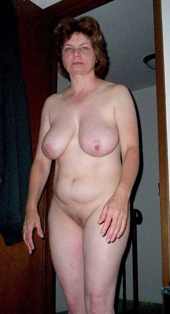 Saggy Tits Granny Nude Pics, Granny Porn Photos