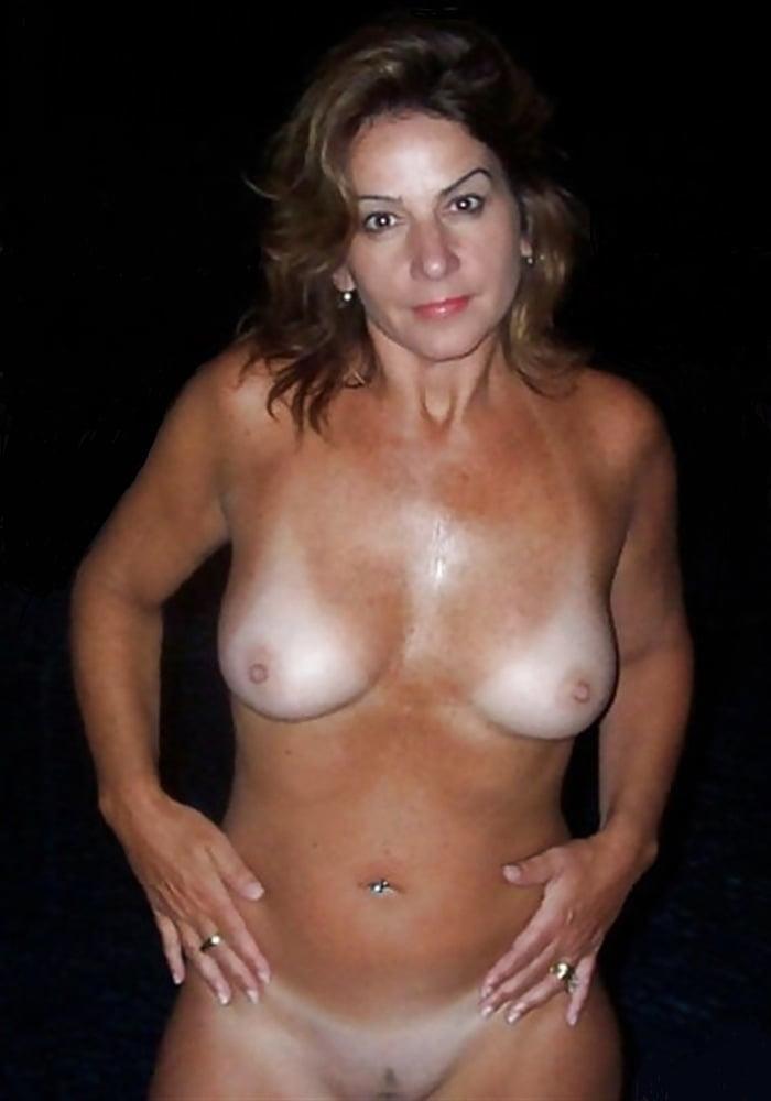Big tit mature tan lines