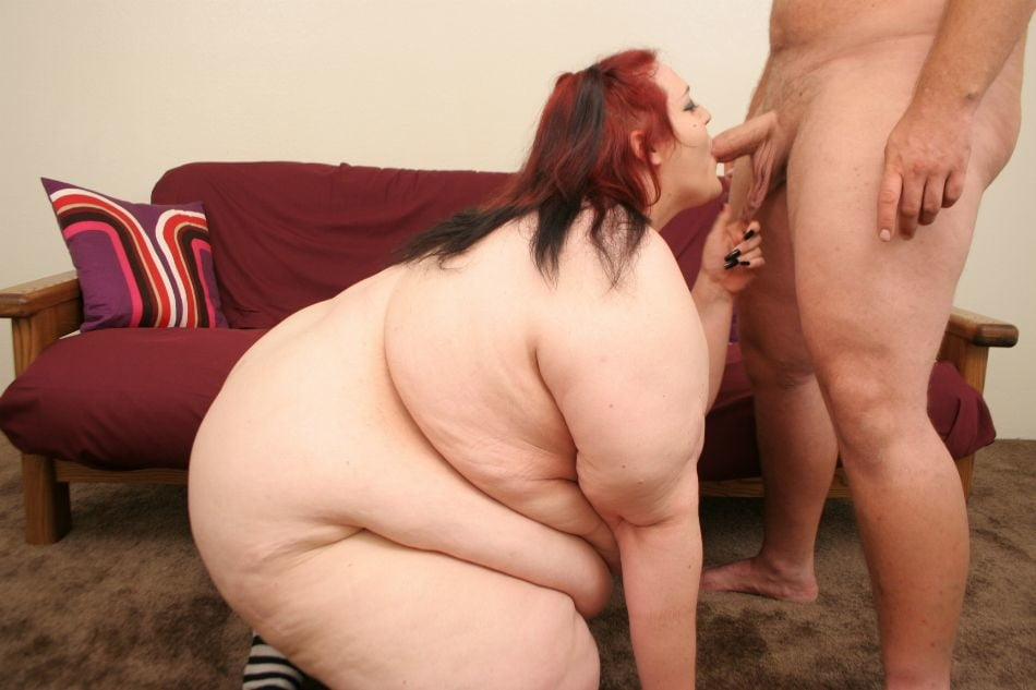 самая толстая и жирная баба дрочит - 13