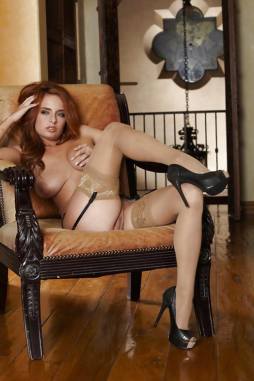Ashley Graham In Sexy Dress And Heels Posing Dildoing Spankbang Com 1