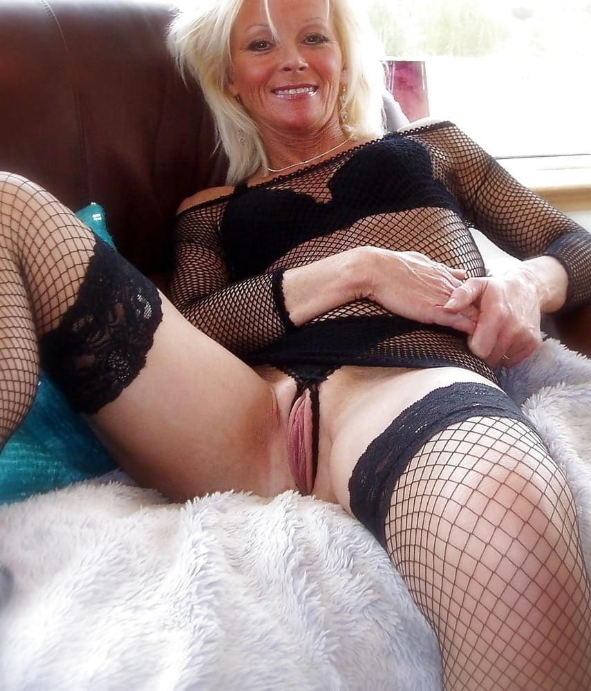 Sexy Grandma Legs, Spread and Ready to be Fuck 9 - 46 Pics