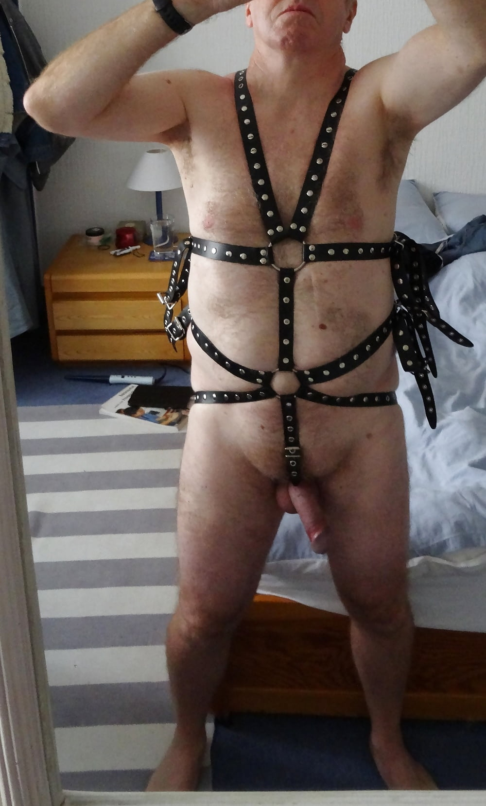 Leather pegging harness