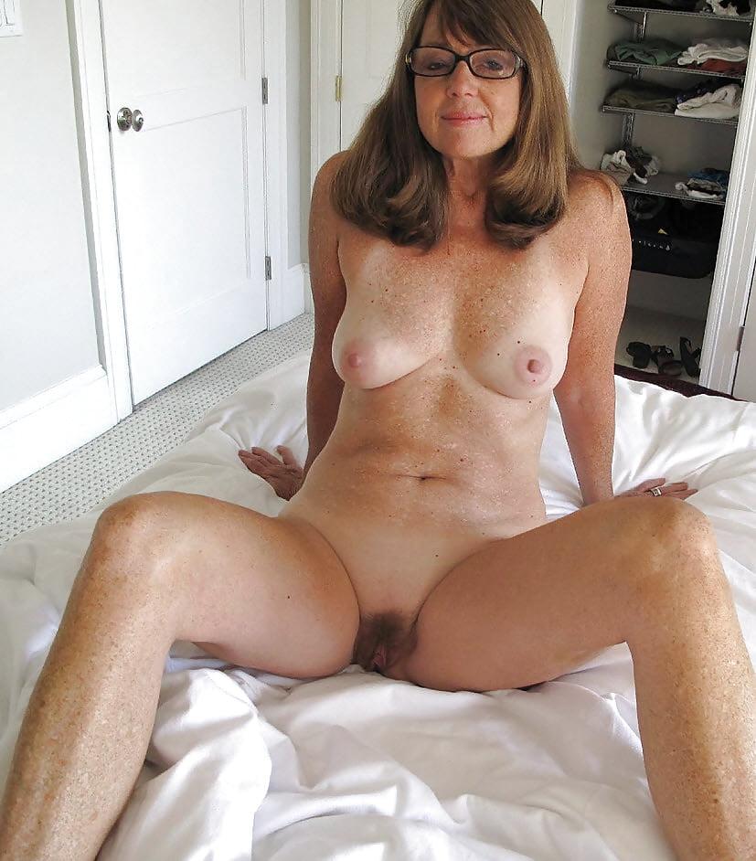 Amateur mature cute nude