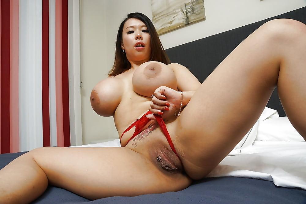 порно грудастые китаянки