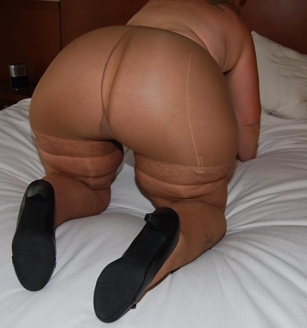 Very fat women in panties