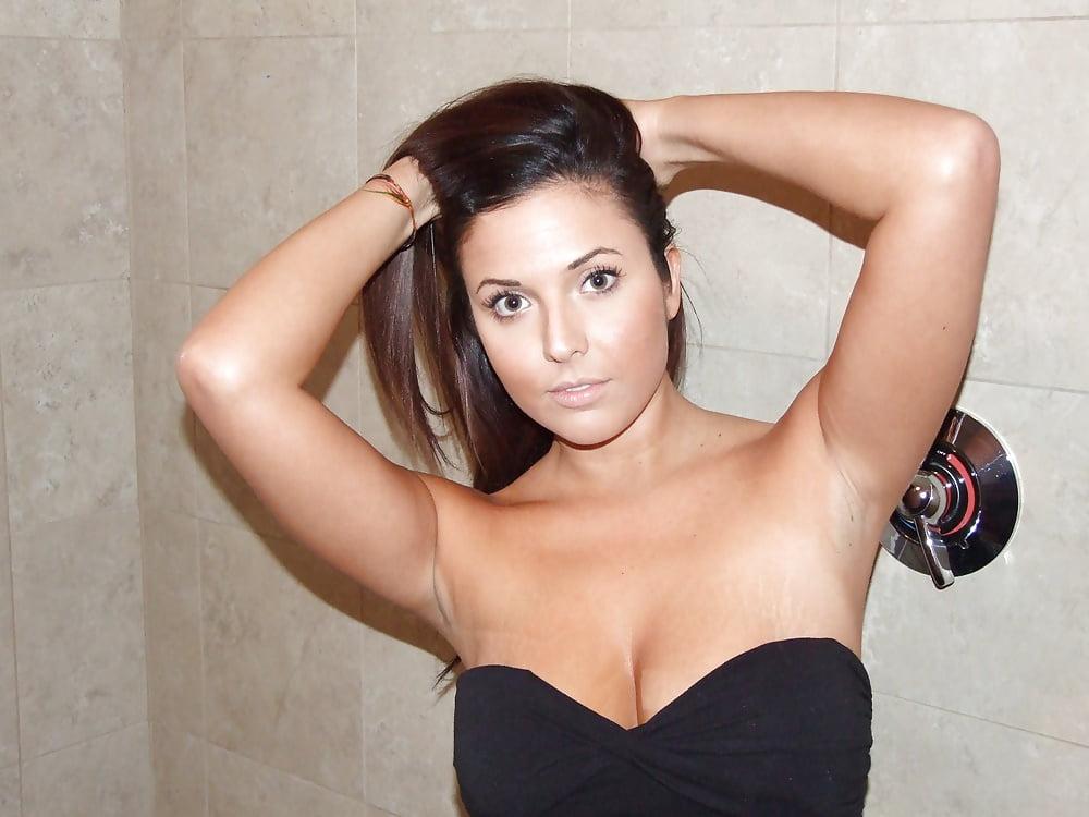 Big boobs brunette amateur