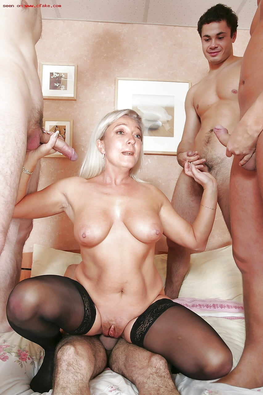 Mothers fake nude pics 9