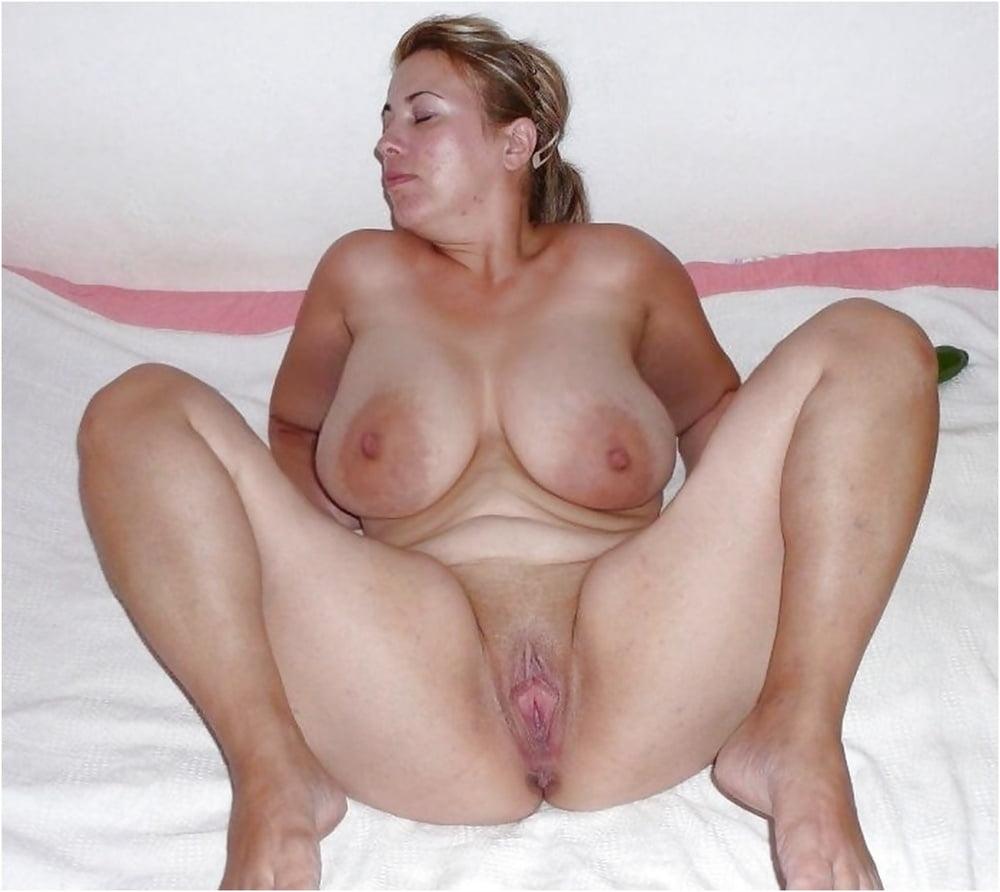 Chubby amature tits fuck