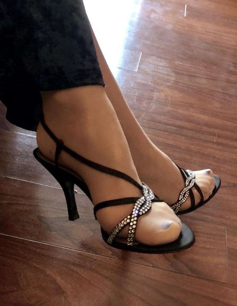 Porn japan bryci heels feet
