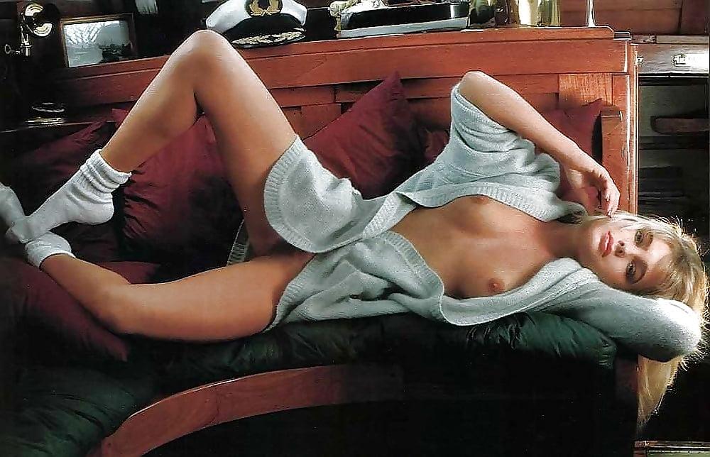 Erika eleniak erotic nudes