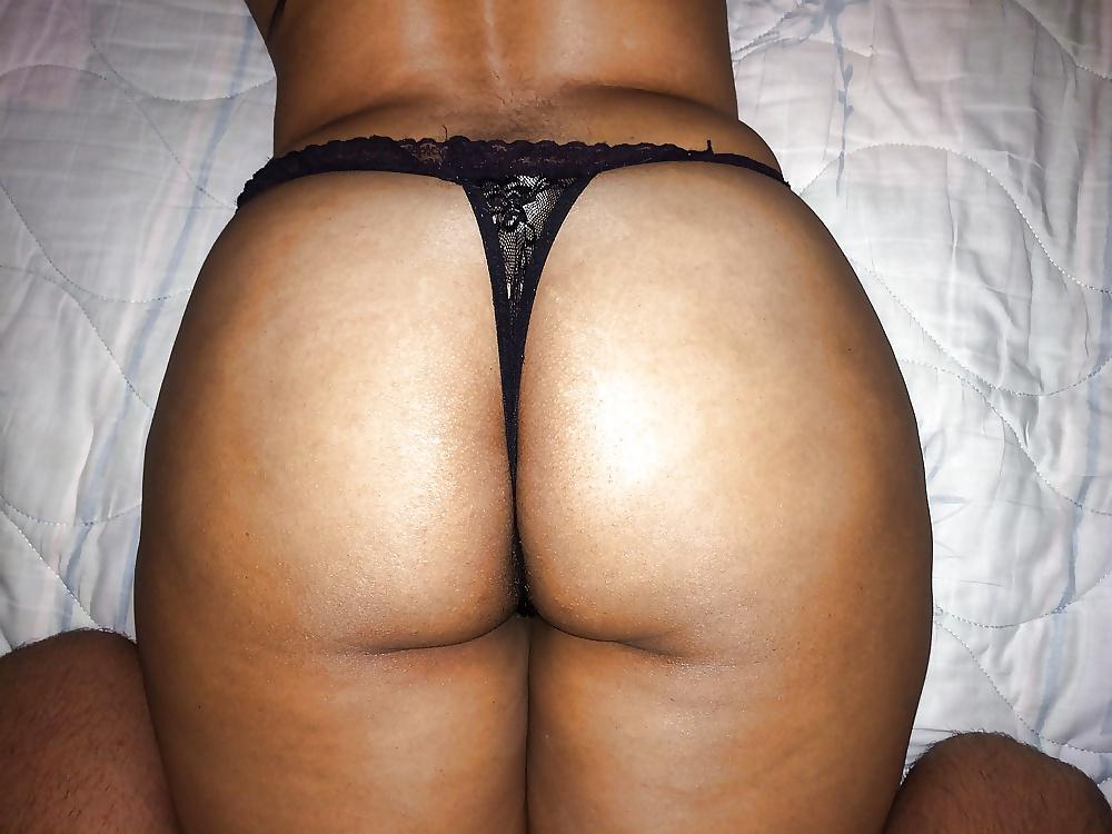 Big booty arabian slut — photo 6