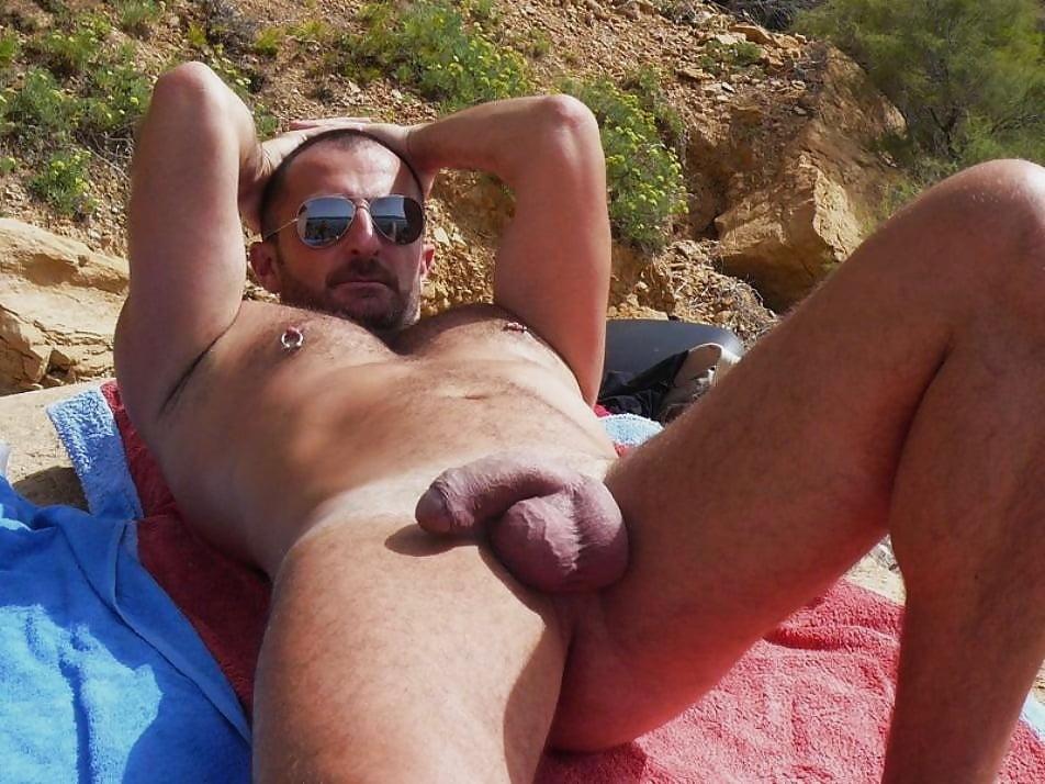 Free videos mature gay men beaches
